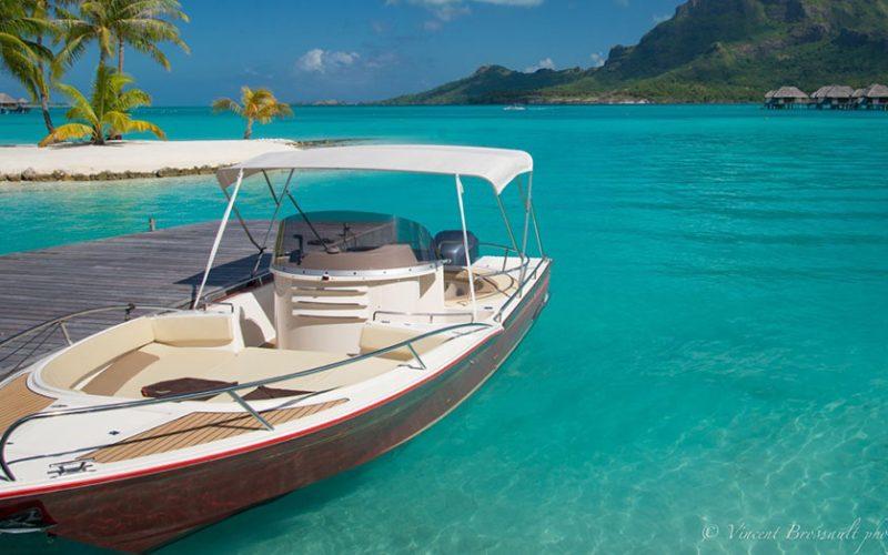 beacher nautique bateau v8 open 2