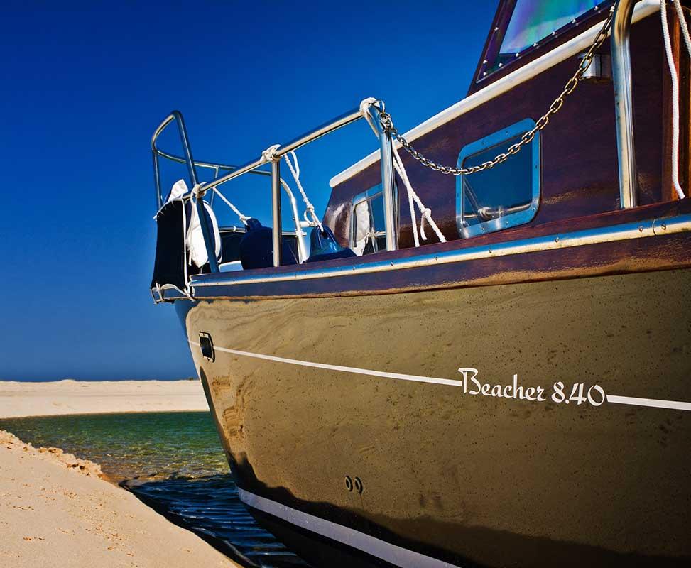 beacher nautique bateau v8 plage