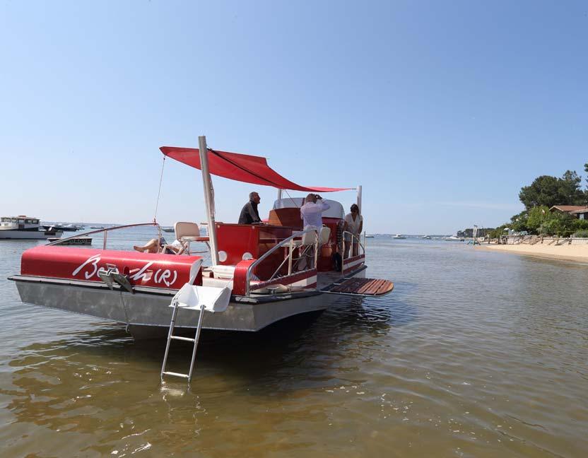 beacher r bateau plaisance personnalise rouge 2